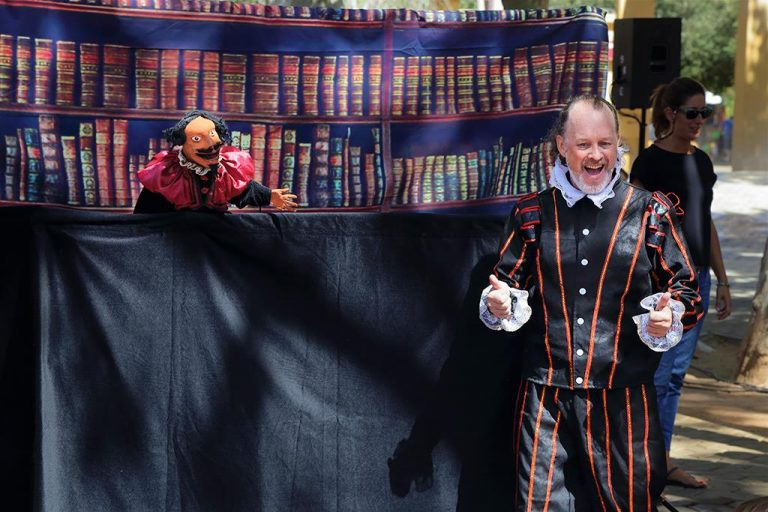 Shakespeare and Puppet Cervantes in 'The Missing Years!'