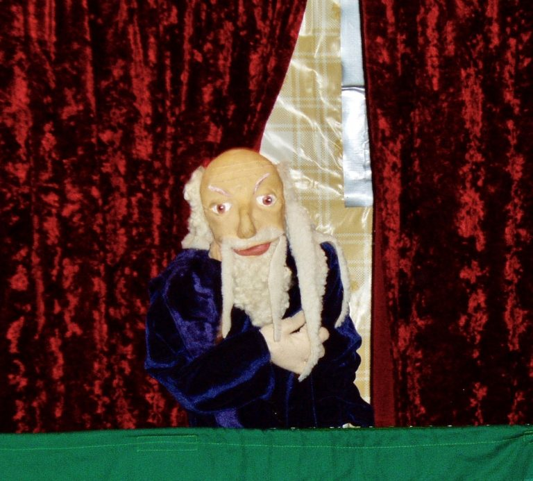 Puppet presenter of shows for children